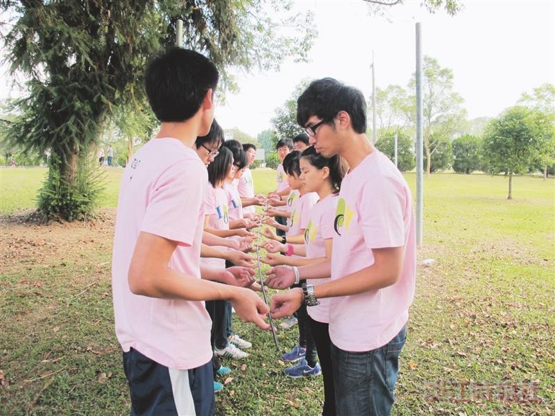境外生薪傳營 培養團隊合作默契