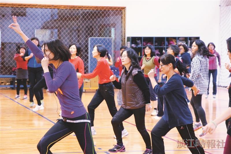 女聯會健康動一動 身體猴靈活