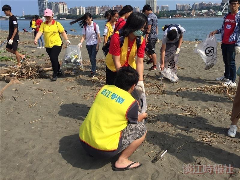 淡江學園與崇德社合辦淨灘活動
