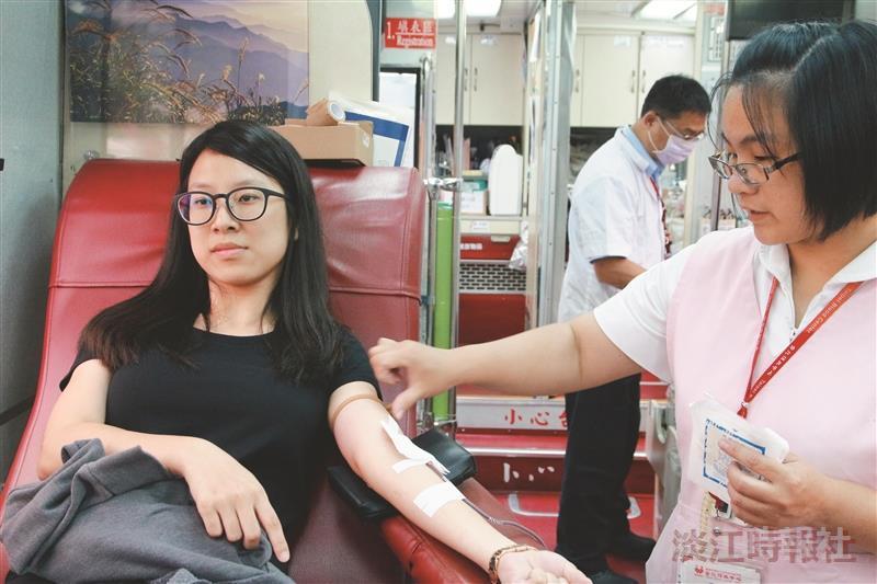 慷慨捐血3天逾500袋