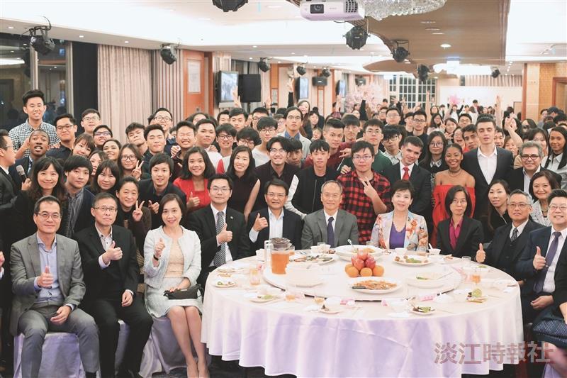 境外生春節聯歡會 350師生互道祝福