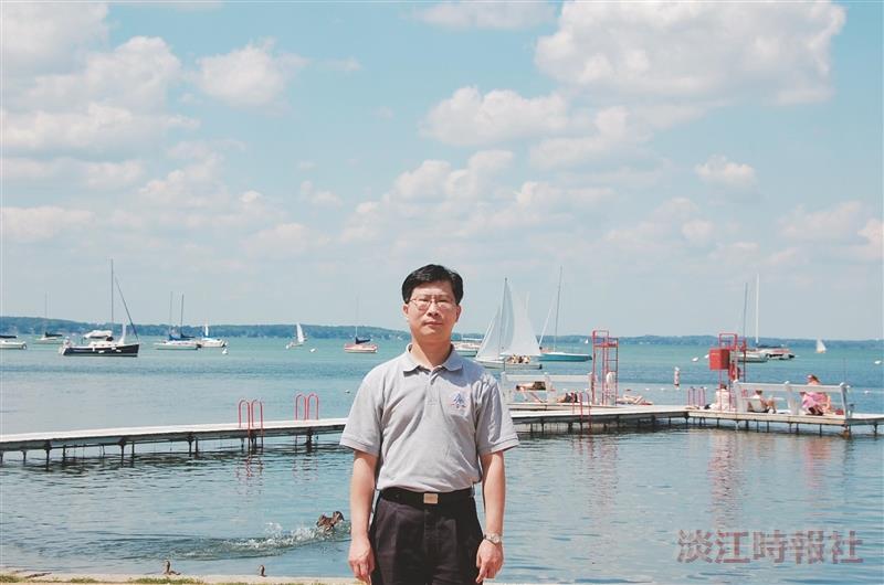 大數據分析與商業智慧碩士學位學程主任吳碩傑