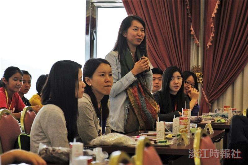 香港協恩中學來訪 讚「圖書館先進」
