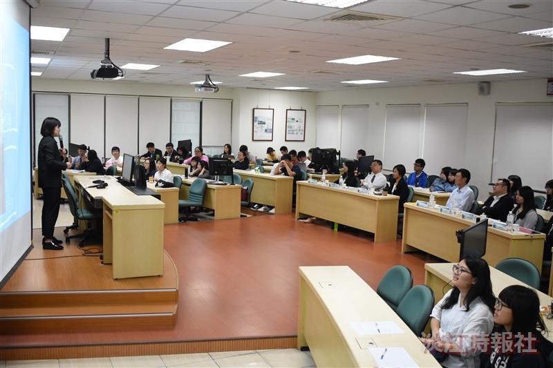 會計系舉辦107學年度第2學期四大會計事務所實習成果發表