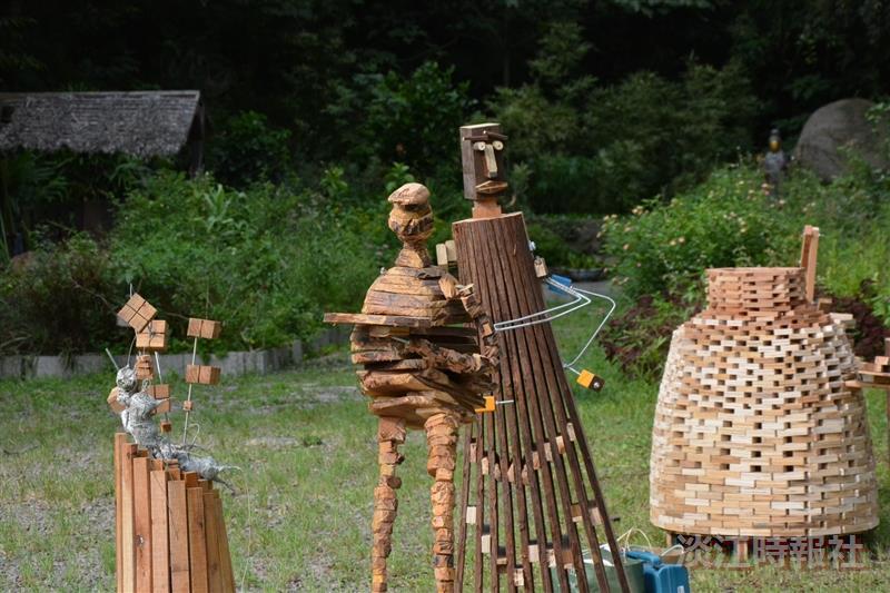 建築系師生 利用裝置藝術 分享慢活之樂