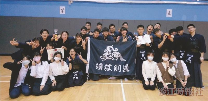 劍道社勇奪全國錦標賽雙料冠軍